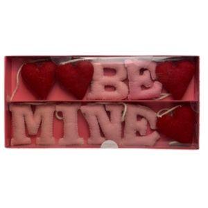 """Be Mine"" Valentine Themed Garland"